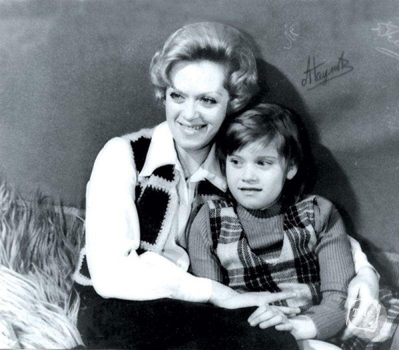 Алиса Фрейндлих с дочкой