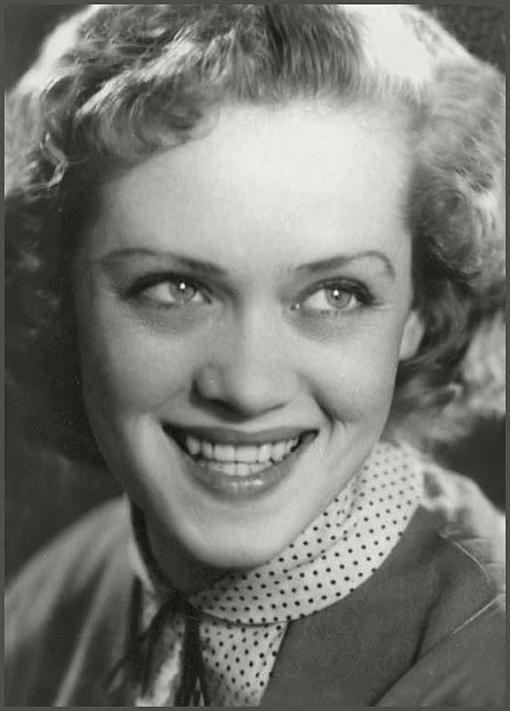 Алиса Фрейндлих в молодости