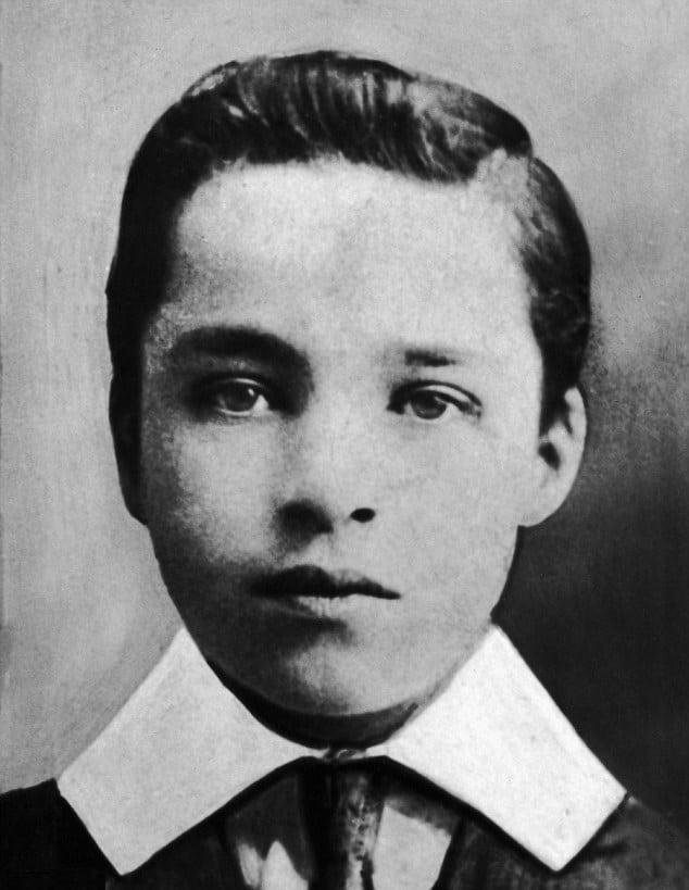 Чарли Чаплин в юности