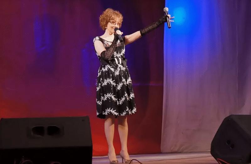 Ольга Зарубина на концерте