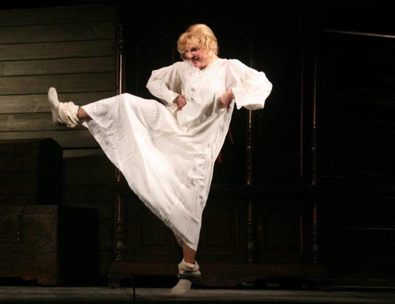 Александра Захарова в театре