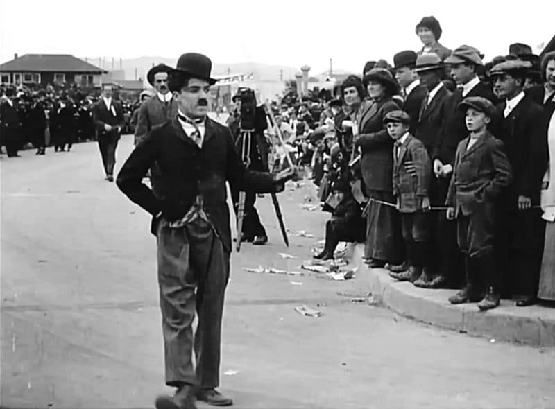 Чарли Чаплин в фильме «Детские автомобильные гонки»