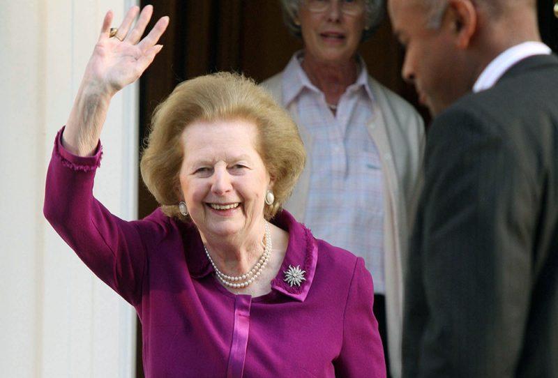 Маргарет Тэтчер уходит в отставку