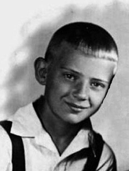 Юрий Визбор в детстве