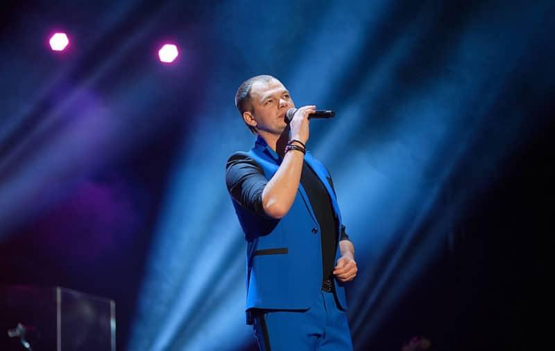 Алексей Брянцев на концерте