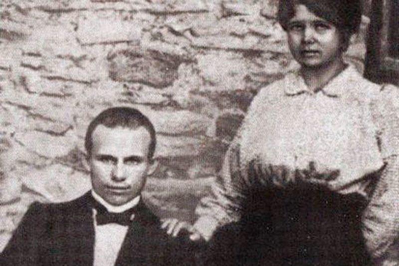 Никита Хрущев с Ефросиньей Писаревой