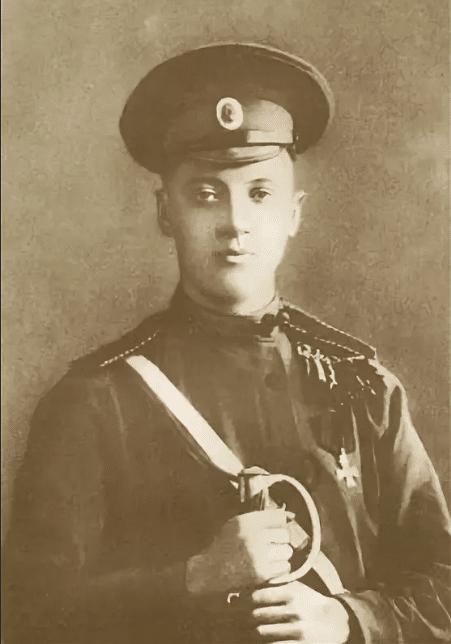 Николай Гумилев на фронте