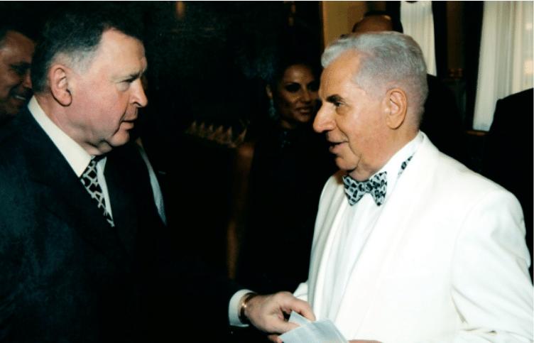 Валерий Борисович (слева) с Михаилом Марковичем Вайнером