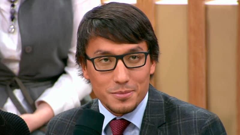 Дмитрий Абзалов в передаче «Время покажет»