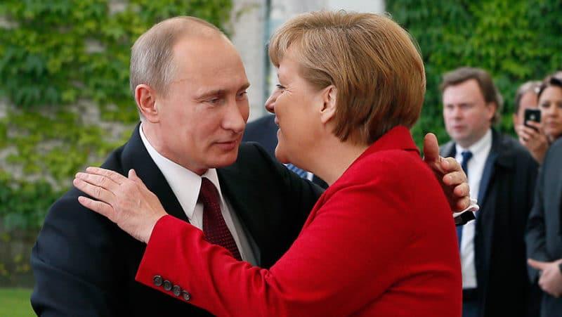 Ангела Меркель с Путиным