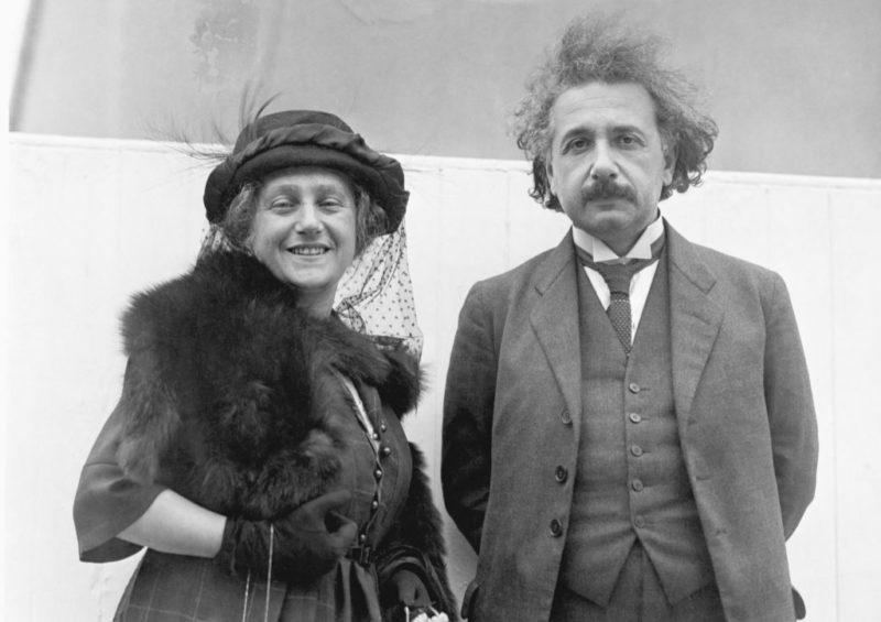 Альберт Эйнштейн с Эльзой Левенталь