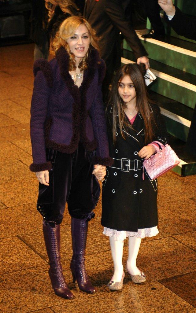 Джоан Роулинг с дочкой