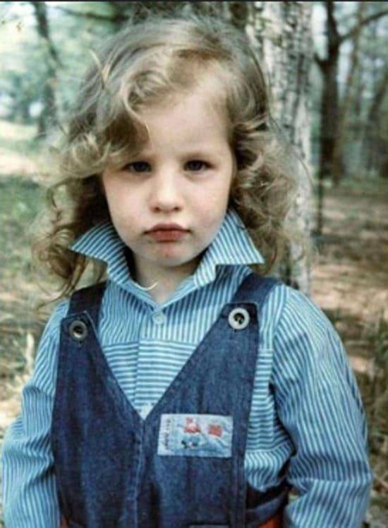 Кэти Топурия в детстве