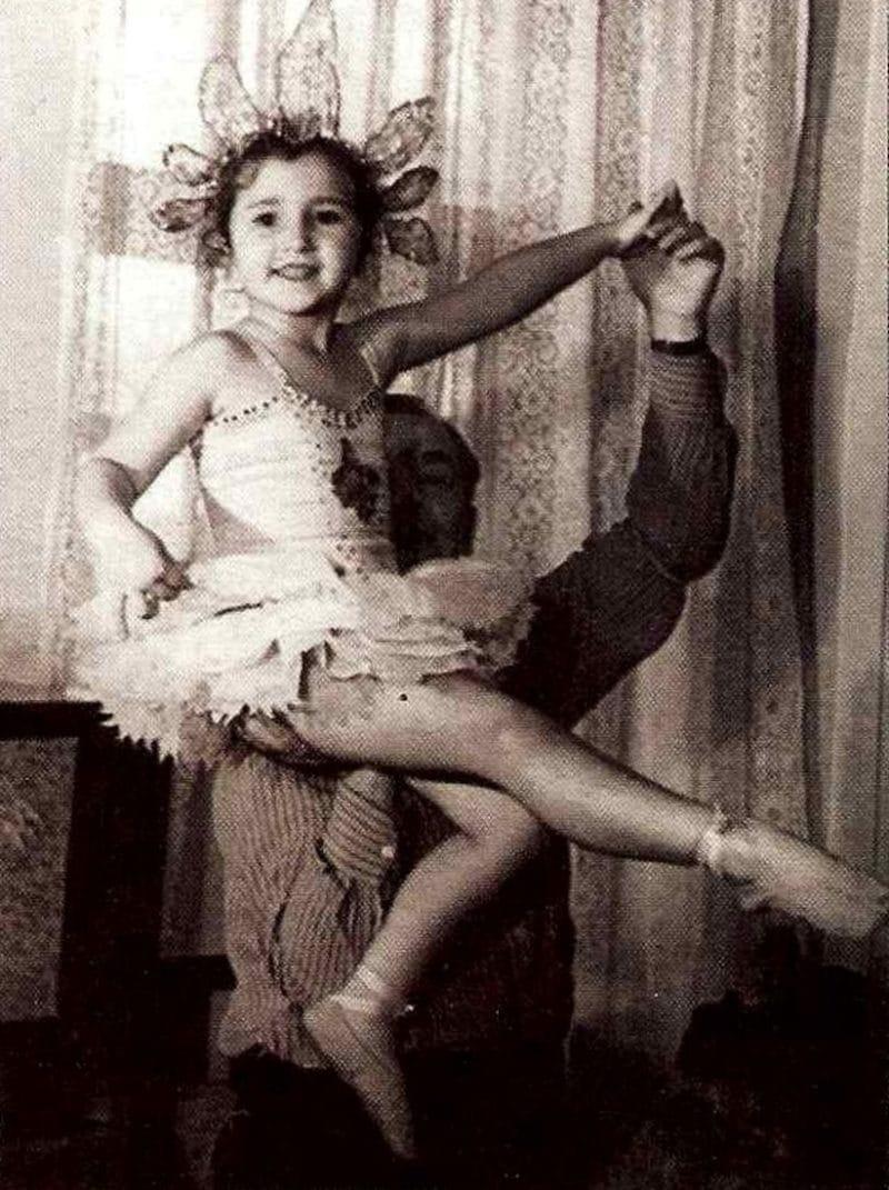 Ирина Аллегрова в детстве