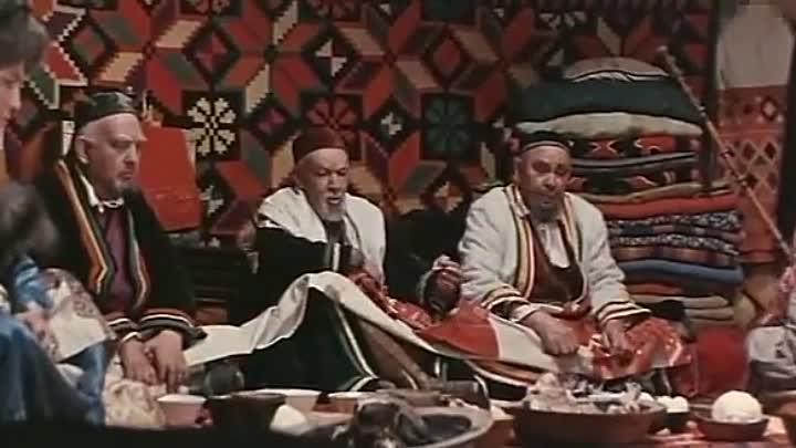 Кадр из фильма по пьесе Мустая Карима «В ночь лунного затмения»
