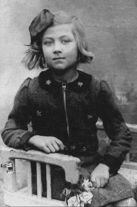 Эдита Пьеха в детстве