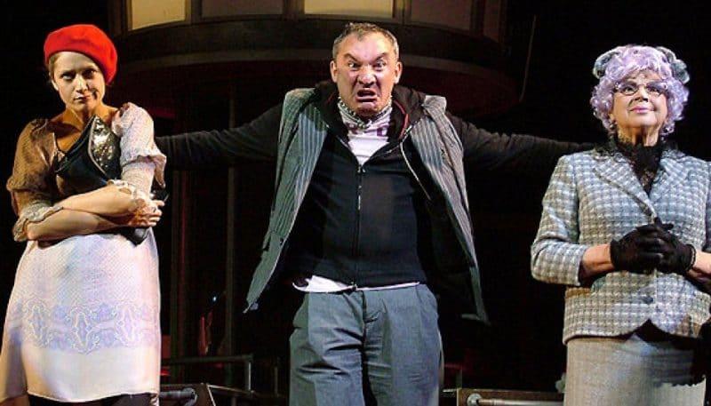 Николай Фоменко в театре