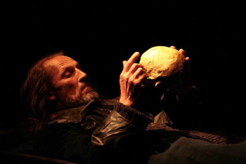 """Постановка спектакля по трагедии Уильяма Шекспира - """"Гамлет"""""""