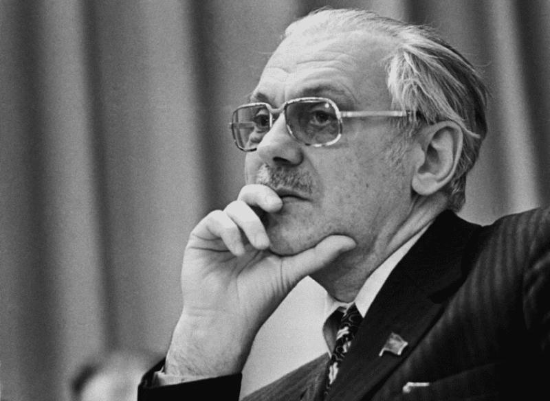Депутат Сергей Михалков