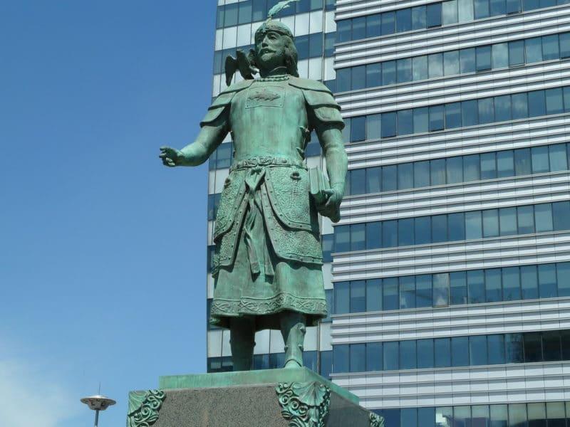 Памятник Марко Поло