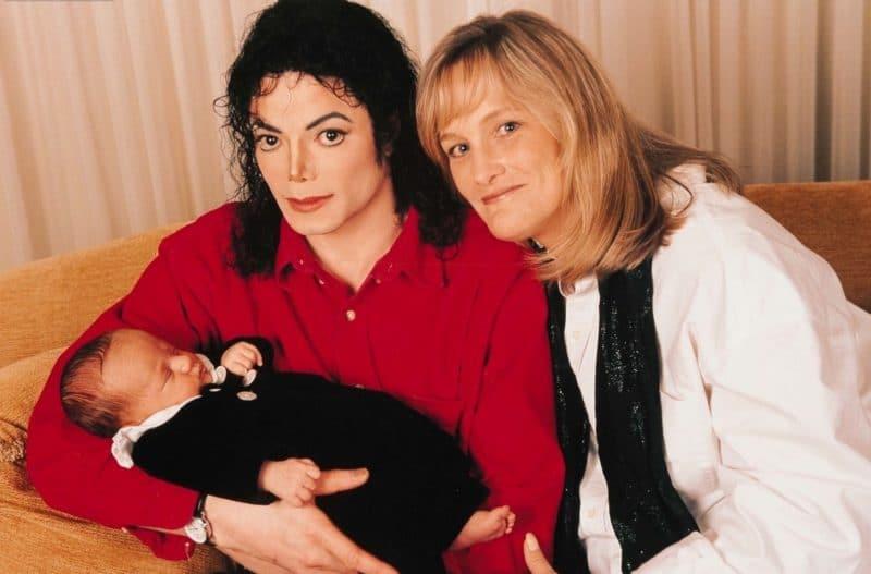 Майкл Джексон с Дебби Роу и сыном