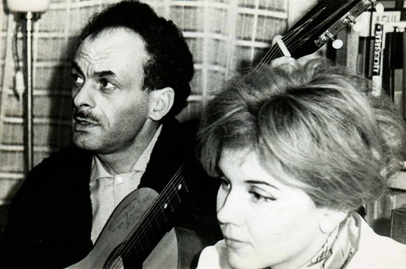 Булат Окуджава с женой Ольгой
