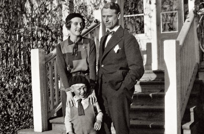 Астрид Линдгрен с мужем и сыном