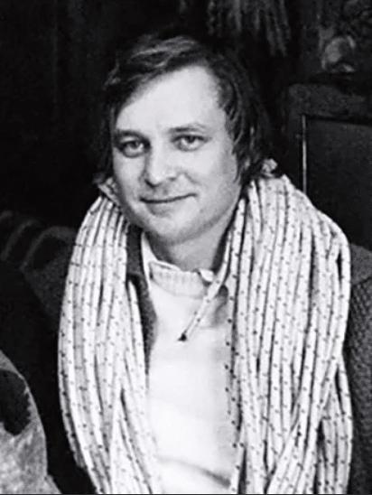 Александр Стефанович в молодости