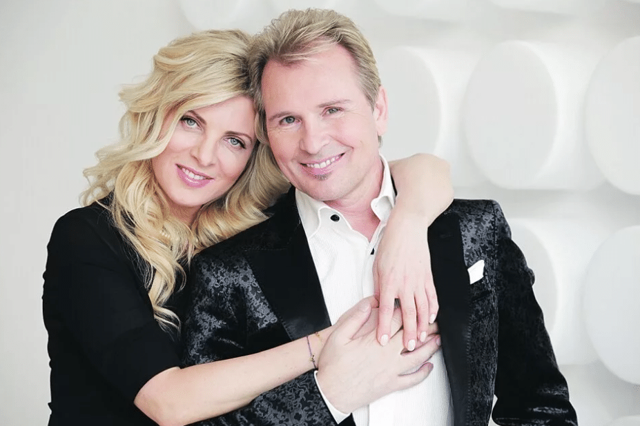 Александр Малинин и с женой Эммой