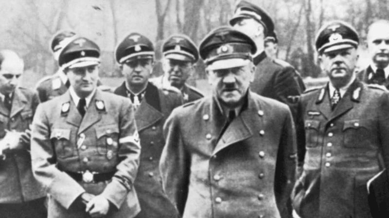 Адольф Гитлер во время второй мировой