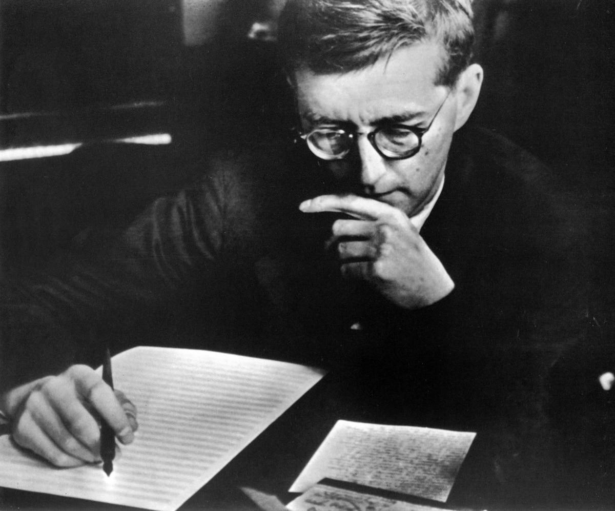 Дмитрий Шостакович в творческом процессе