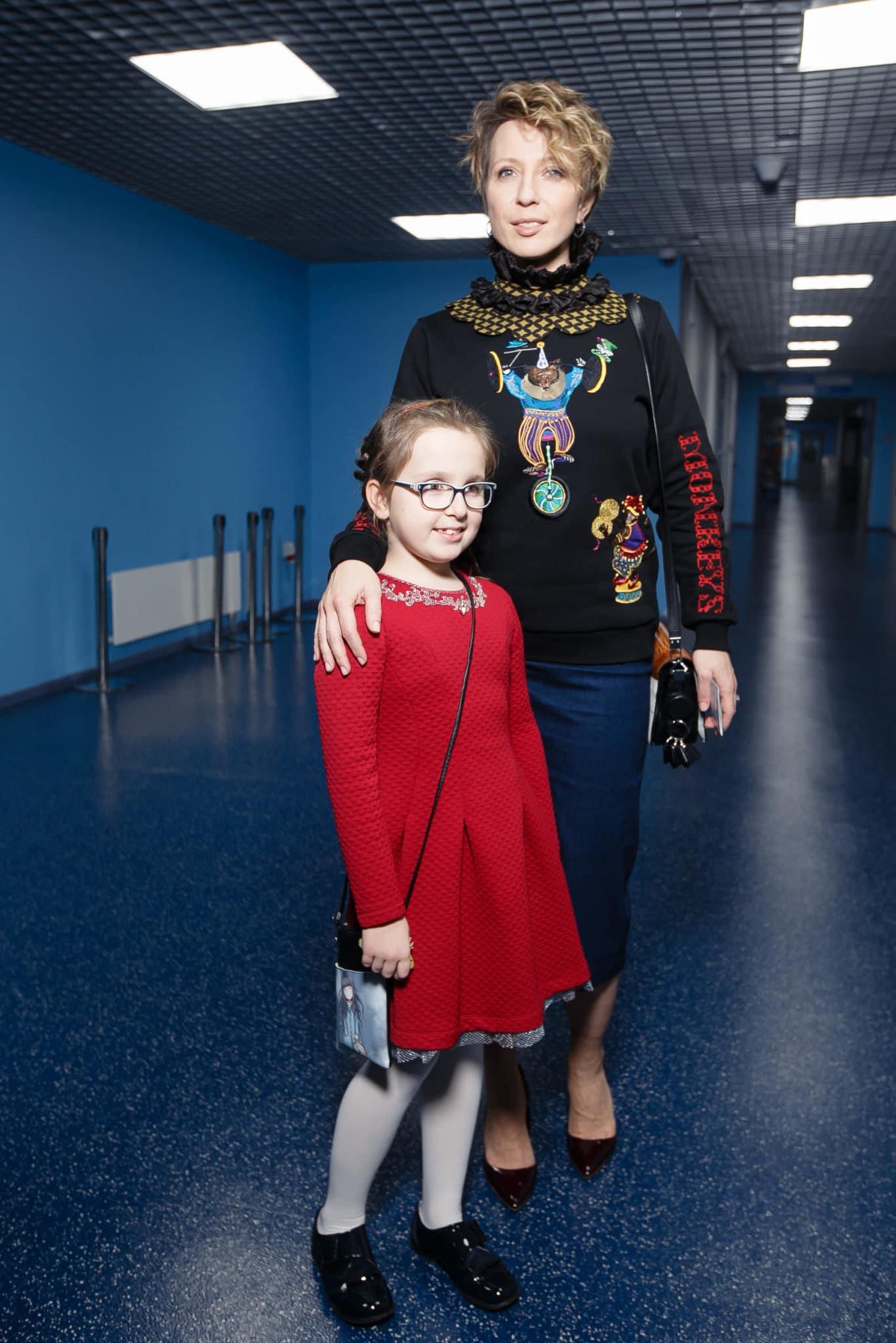 Яна Чурикова с дочкой