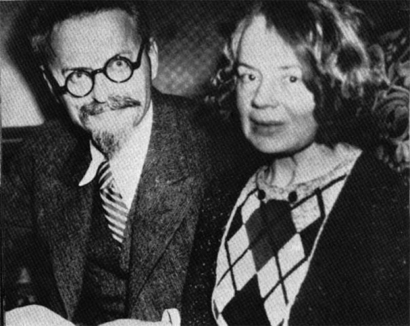 Лев Троцкий с Натальей Седовой