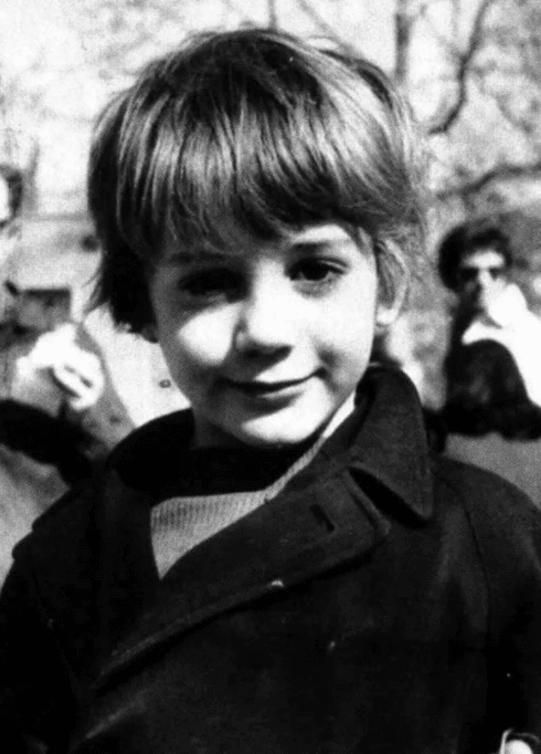 Роберт Дауни младший в детстве