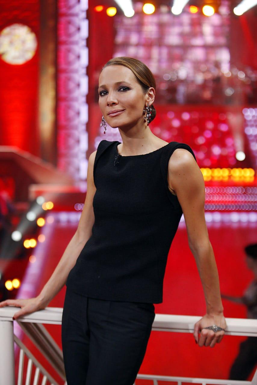 Дарья Златопольская ведущая «Танцы со звездами»