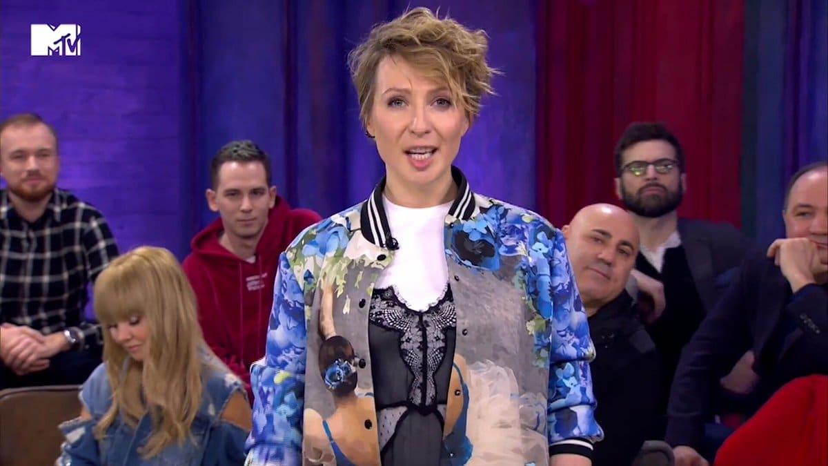 Яна Чурикова в передаче «12 злобных зрителей»