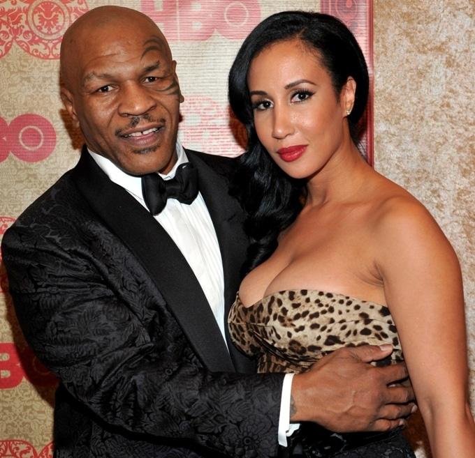 Майк Тайсон с женой