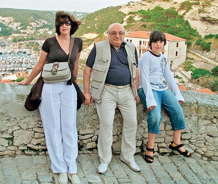Михаил Жванецкий с женой и сыном