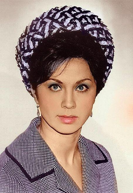 Лионелла Пырьева