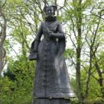 Памятники Мария Стюарт