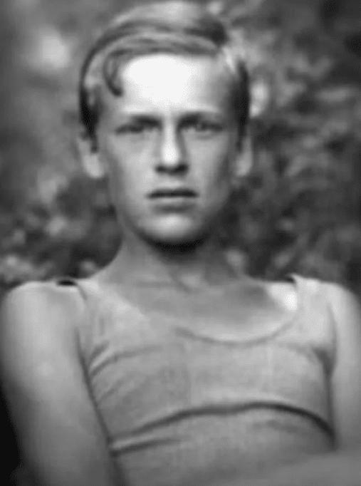Игорь Кириллов в юности