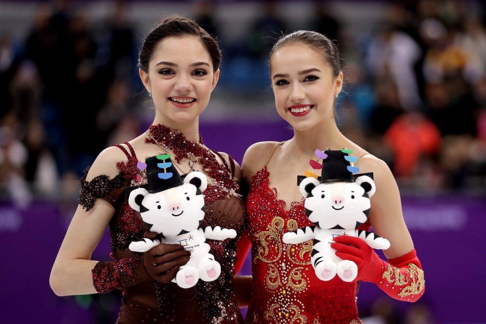 Алина Загитова с Евгенией Медведевой