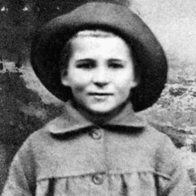 Константин Симонов в детстве