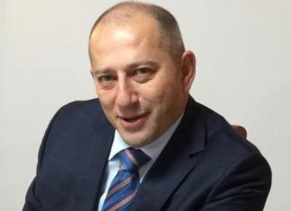Гиль Смолинский