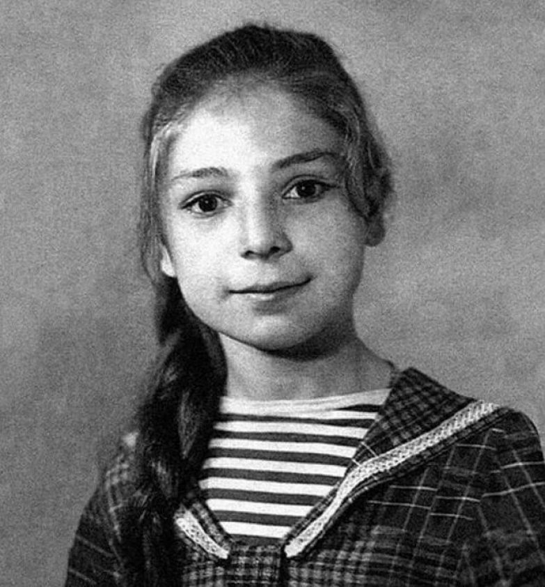 Жанна Хасановна Агузарова