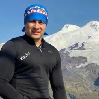 Рустам Набиев