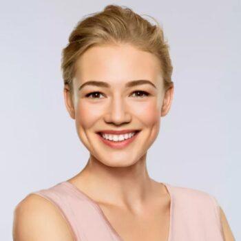 Оксана Акиньшина