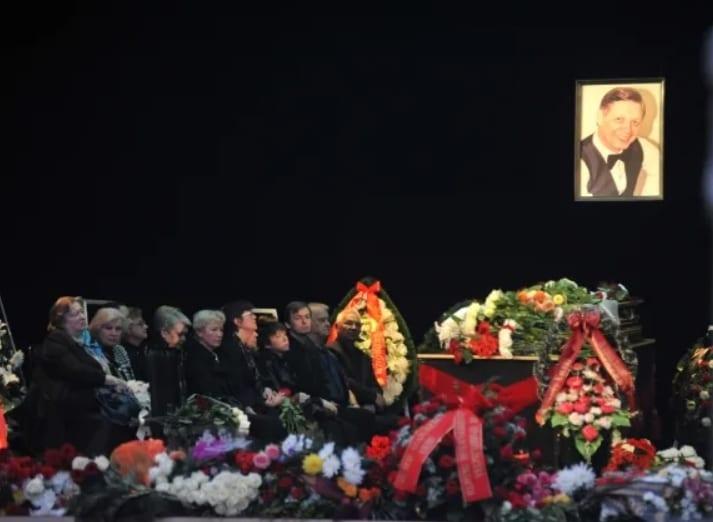 Эдуард Анатольевич Хиль
