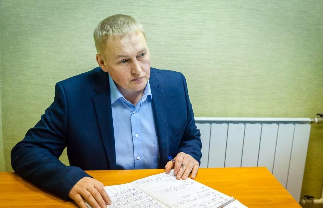 Политик Андрей Альшевских за работой
