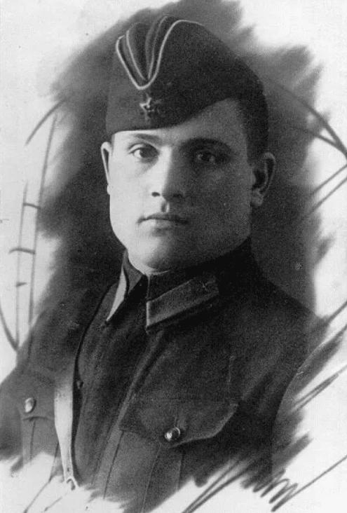 Михаил Петрович Девятаев
